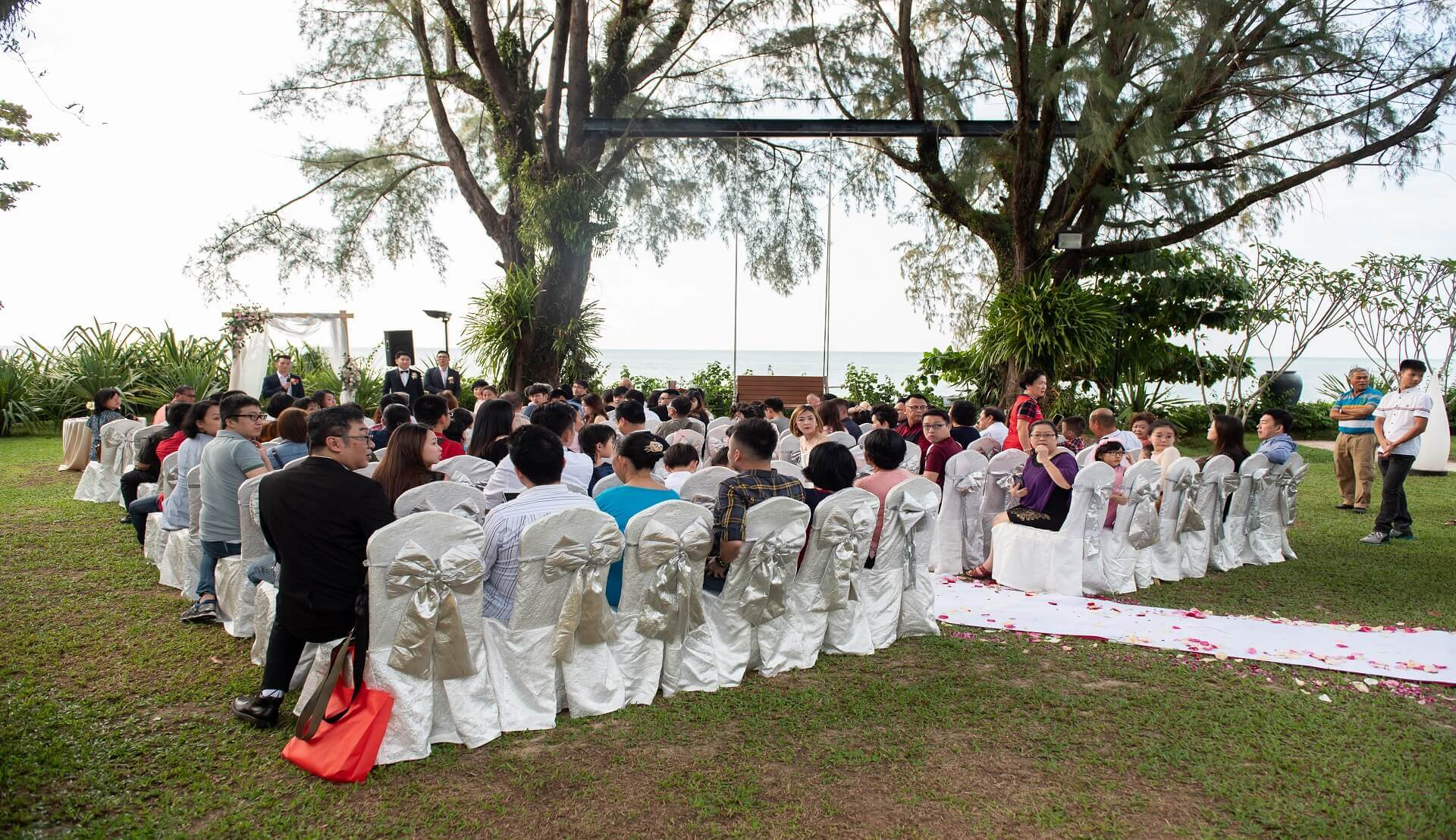 Sugar & Spice Events - Garden Wedding Ceremony at Parkroyal Hotel